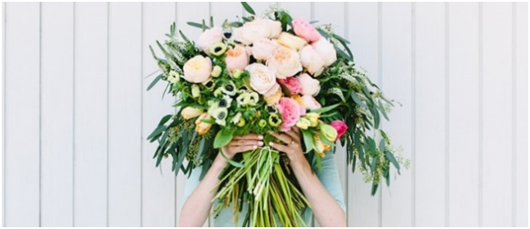 https://www.lovebirdceremonies.com.au/wp-content/uploads/2020/07/Adding-Flowers-to-the-Bouquet.jpg