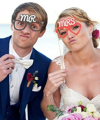 https://www.lovebirdceremonies.com.au/wp-content/uploads/2020/07/Alex-and-Ramona-1.jpg