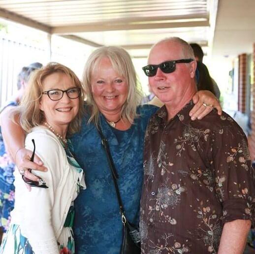 https://www.lovebirdceremonies.com.au/wp-content/uploads/2020/07/Annie-Chris.jpg