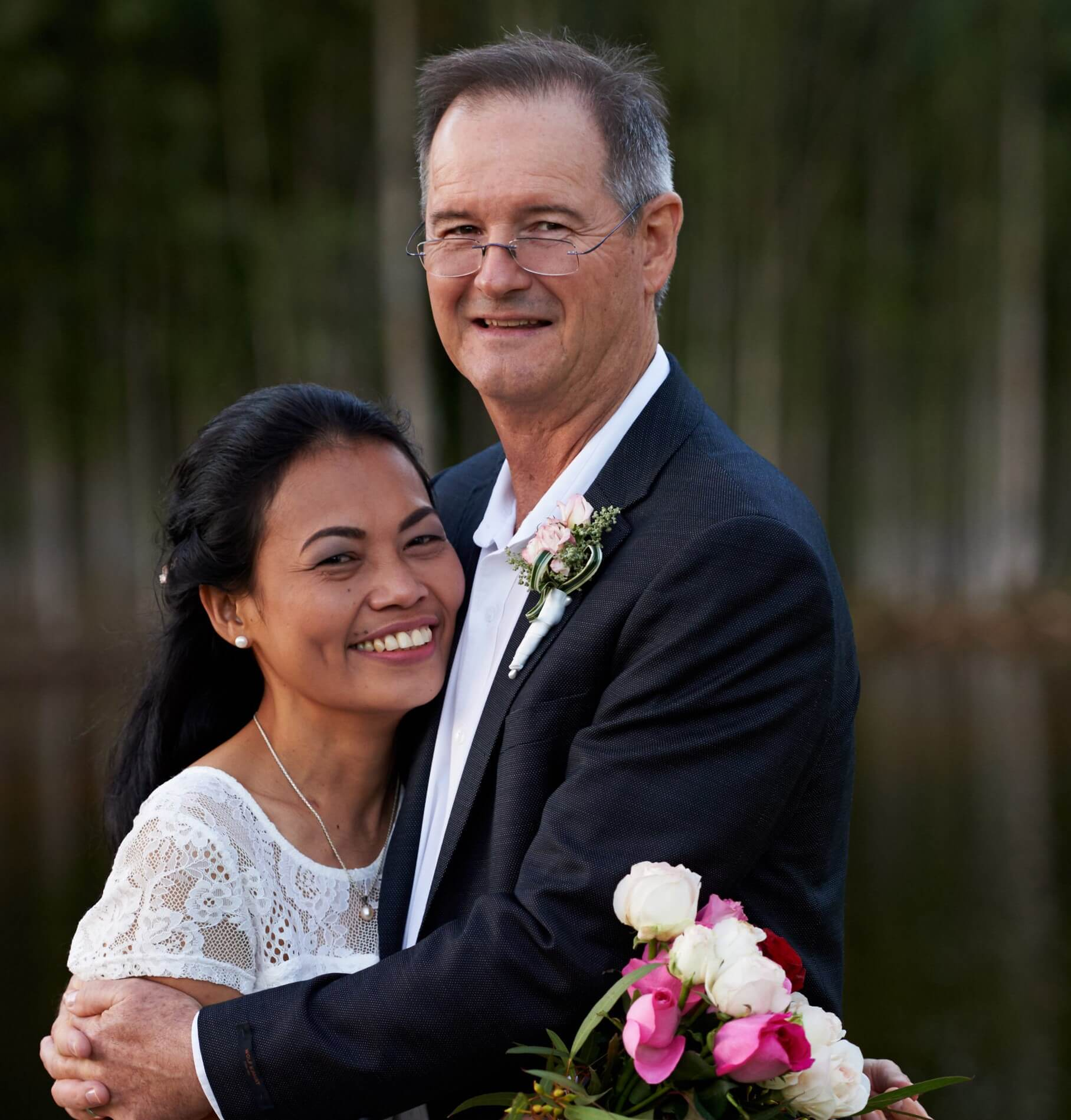 https://www.lovebirdceremonies.com.au/wp-content/uploads/2020/07/Chris-Rosie.jpg