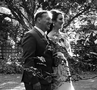 https://www.lovebirdceremonies.com.au/wp-content/uploads/2020/07/Dayna-Jeff.jpg