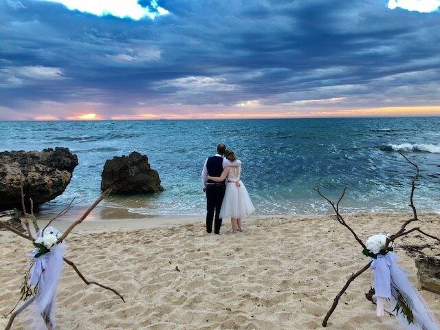 https://www.lovebirdceremonies.com.au/wp-content/uploads/2020/07/IMG_6298.jpg