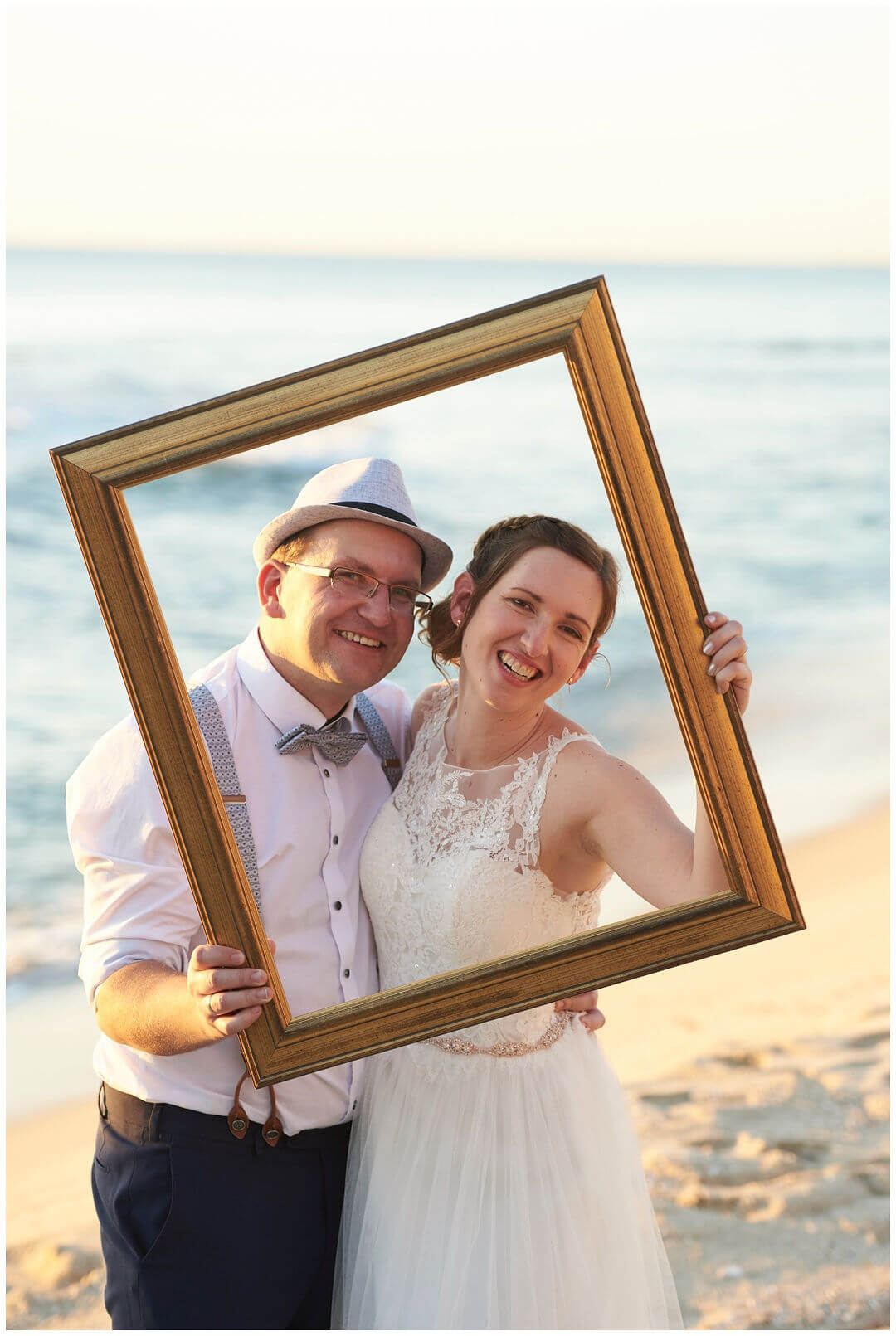 https://www.lovebirdceremonies.com.au/wp-content/uploads/2020/07/Isabelle-Marcus-1.jpg