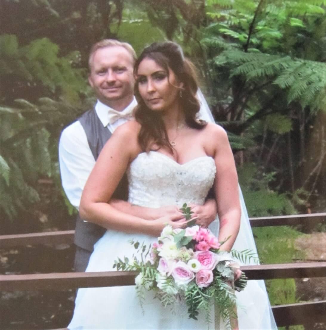 https://www.lovebirdceremonies.com.au/wp-content/uploads/2020/07/Megan-Brett-1.jpg