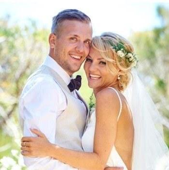 https://www.lovebirdceremonies.com.au/wp-content/uploads/2020/07/Sissy-Marco-.jpg
