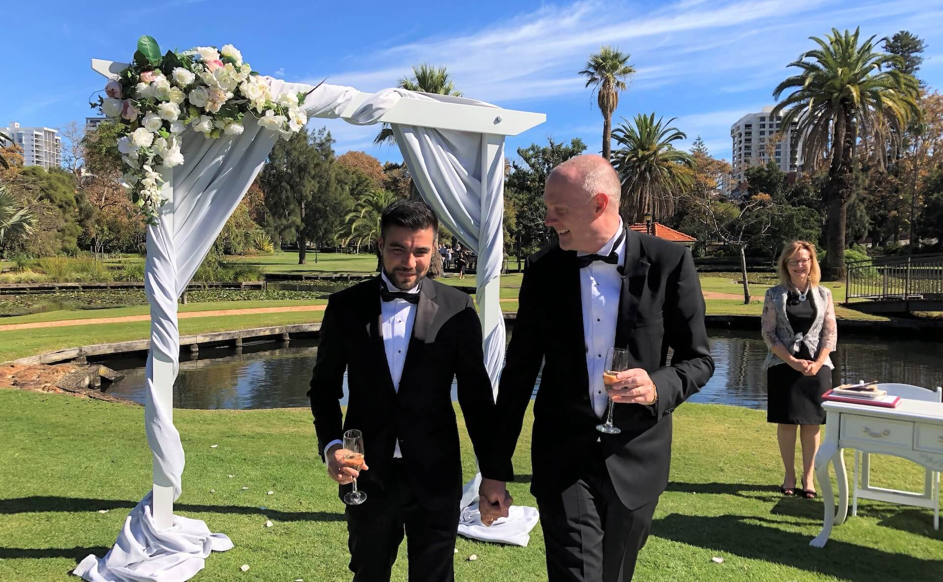 Same Sex Wedding blog Photo 3 - TAG - Gay Weddings, Love Bird Ceremonies